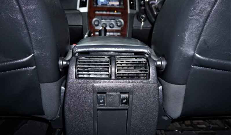 2010 Jeep Grand Cherokee 3.0L CRD Overland full